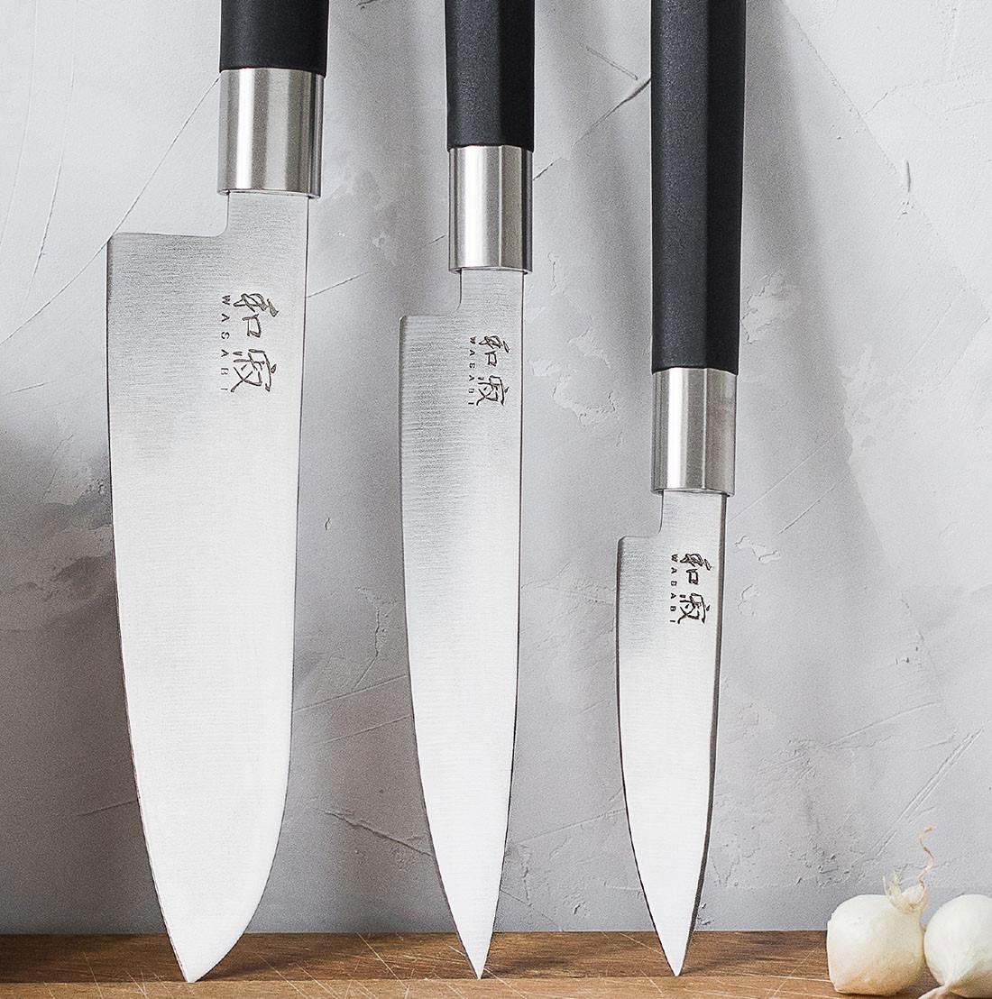 KAI Santoku Messer 16,5 cm Klinge + Allzweckmesser 15,0 cm/10,0 cm Klingenlänge