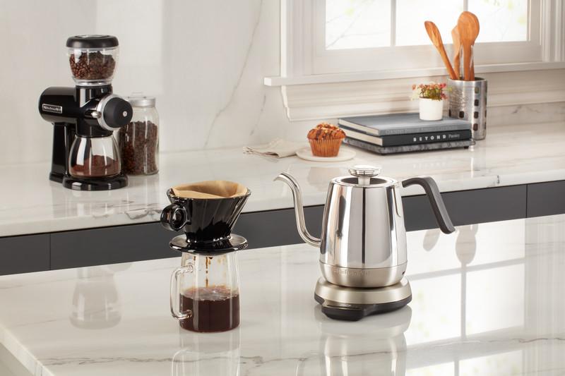 Kaffeemaschinen, Tee- und Wasserkocher von KitchenAid