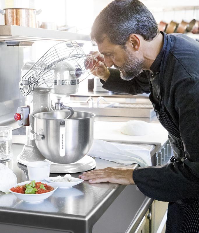 Küchenmaschine 6,9l PROFESSIONAL 5KSM7990XEWH SET1