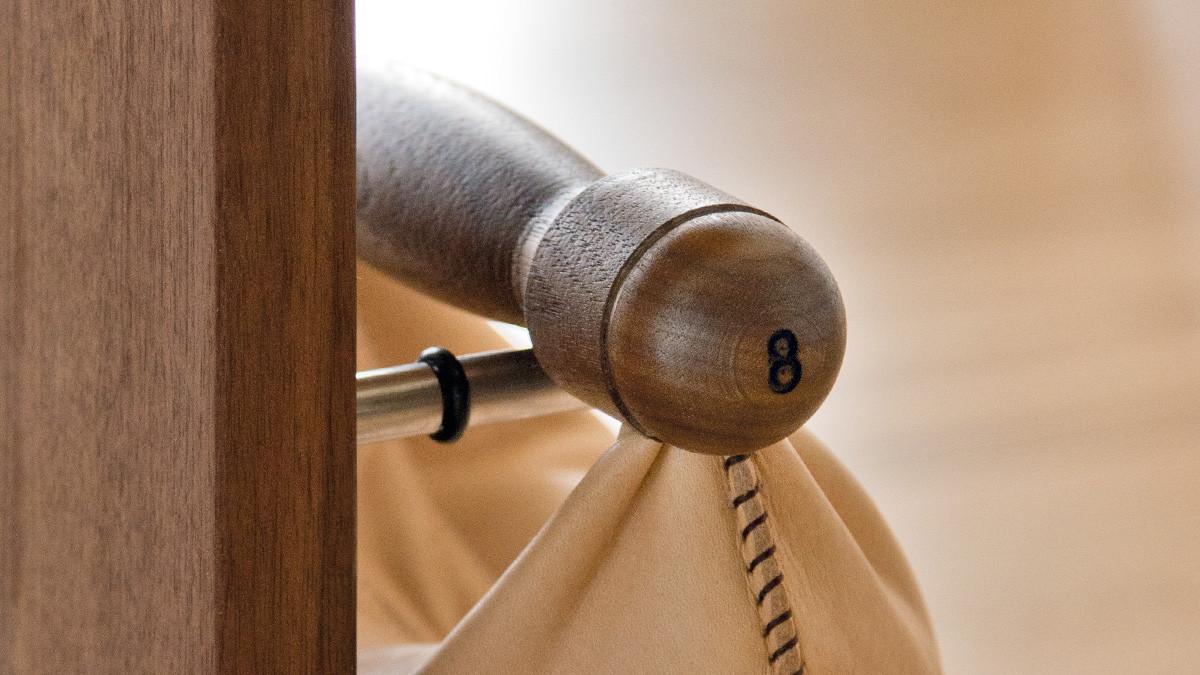NOHrD Swing Turm Nussbaum - Hanteln aus Vollholz und Leder , 13.210, 4260263010819