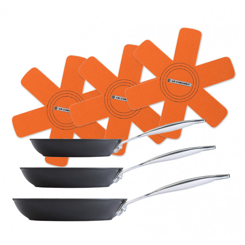 Le Creuset Bratpfanne 3er Aktion-Set Aluminium flach, antihaft + Pfannenschut