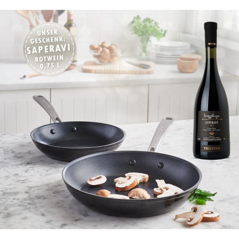 KitchenAid Bratpfanne 30 cm, harteloxiert KC3H112SKEBE und 20 cm KC3H110SKEBE + Wein